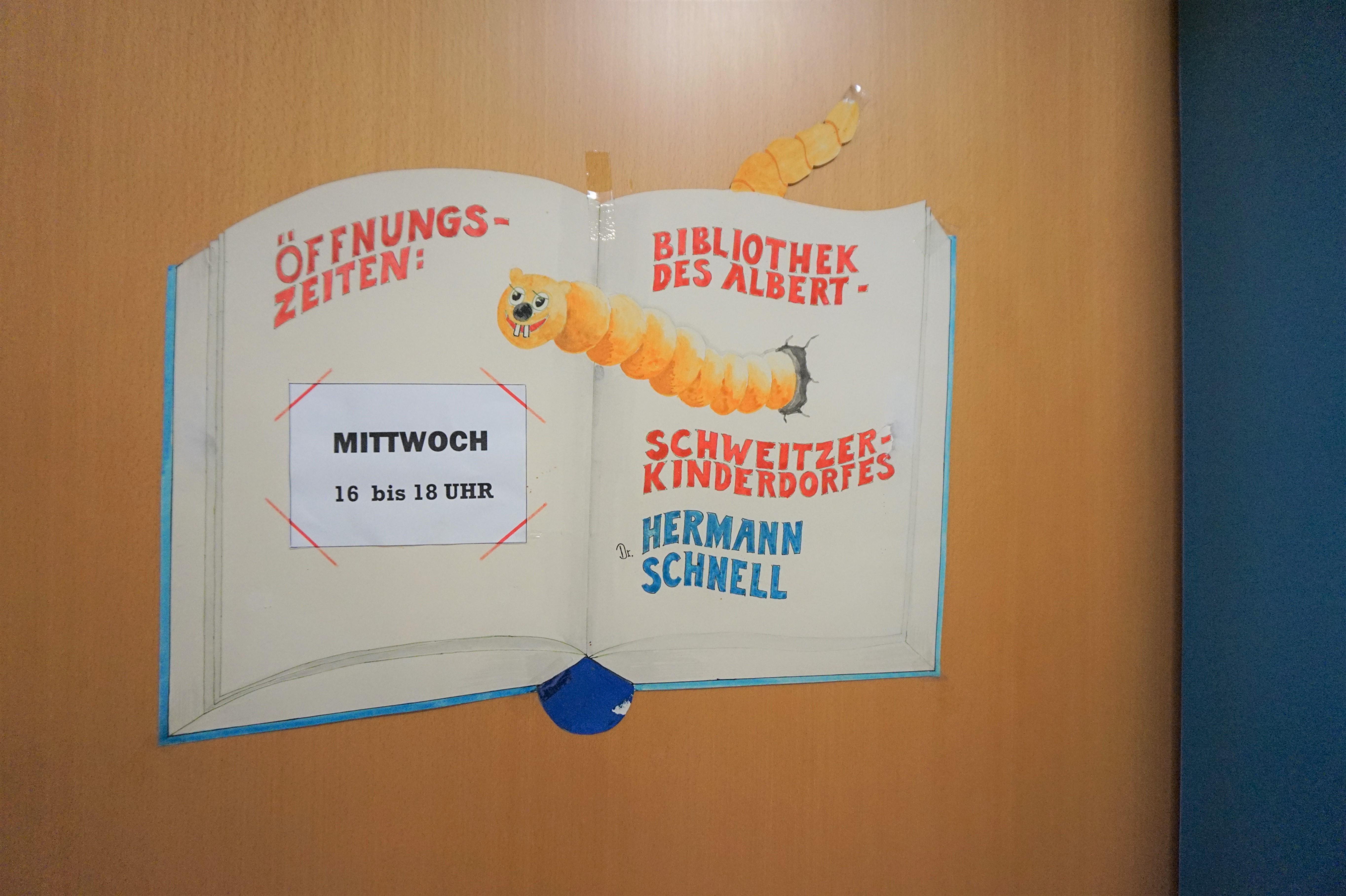 Bibliothek Steinbach 2